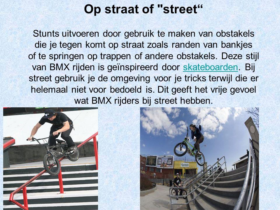 Op straat of street