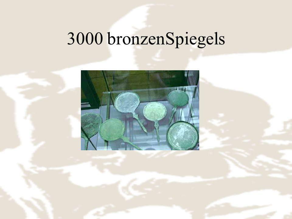 3000 bronzenSpiegels