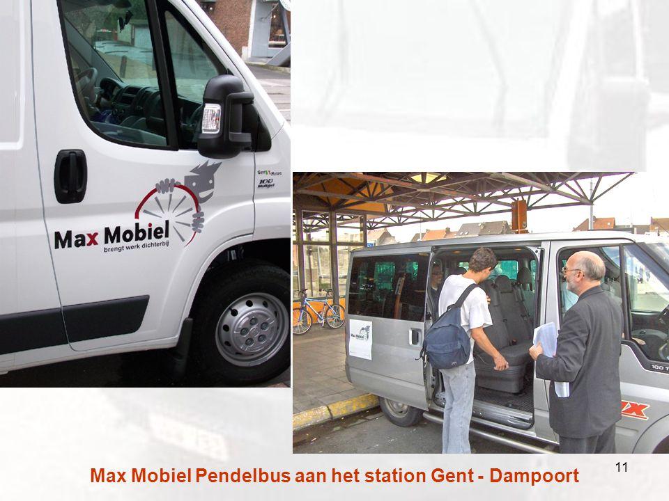 Max Mobiel Pendelbus aan het station Gent - Dampoort