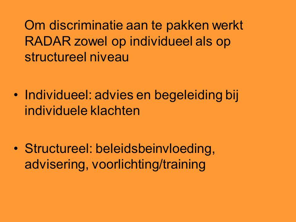 Om discriminatie aan te pakken werkt RADAR zowel op individueel als op structureel niveau