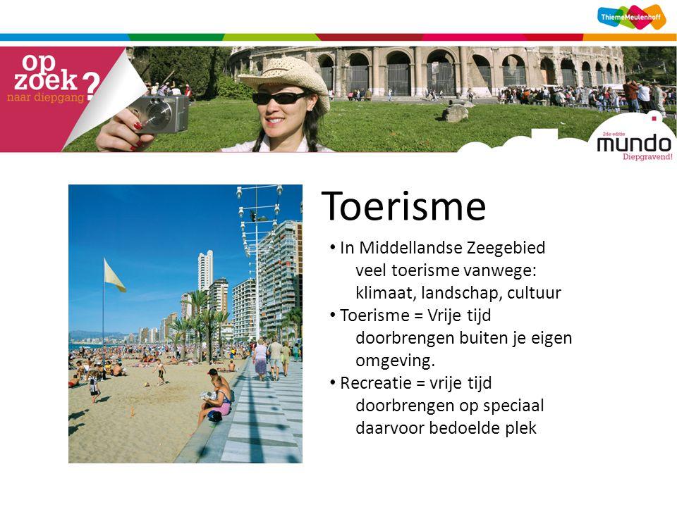 Toerisme In Middellandse Zeegebied veel toerisme vanwege: klimaat, landschap, cultuur.