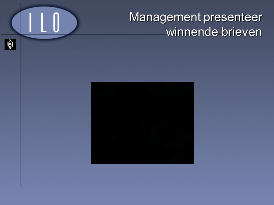 Management presenteer winnende brieven