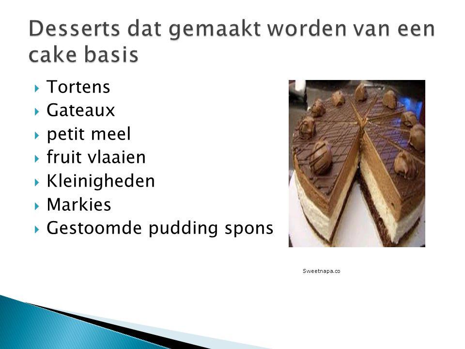Desserts dat gemaakt worden van een cake basis