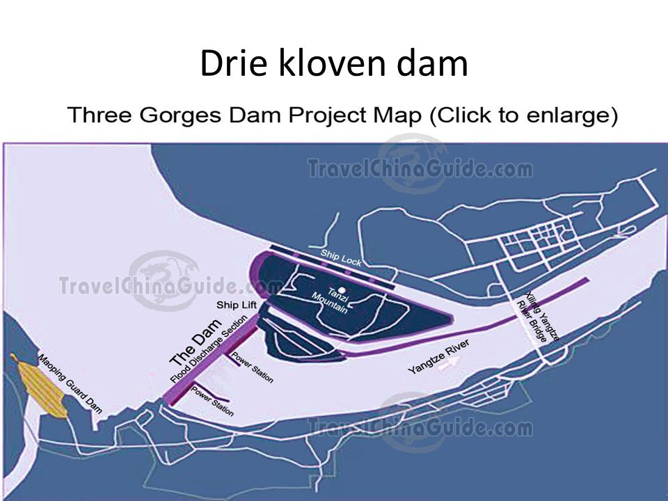 Drie kloven dam 2004Te zien van uit ISS, maar als een klein streepje in een kronkelende rivier