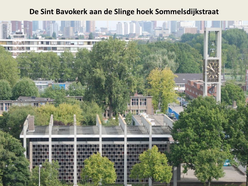 De Sint Bavokerk aan de Slinge hoek Sommelsdijkstraat