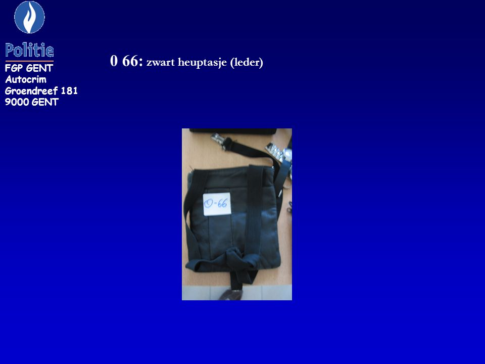 0 66: zwart heuptasje (leder)