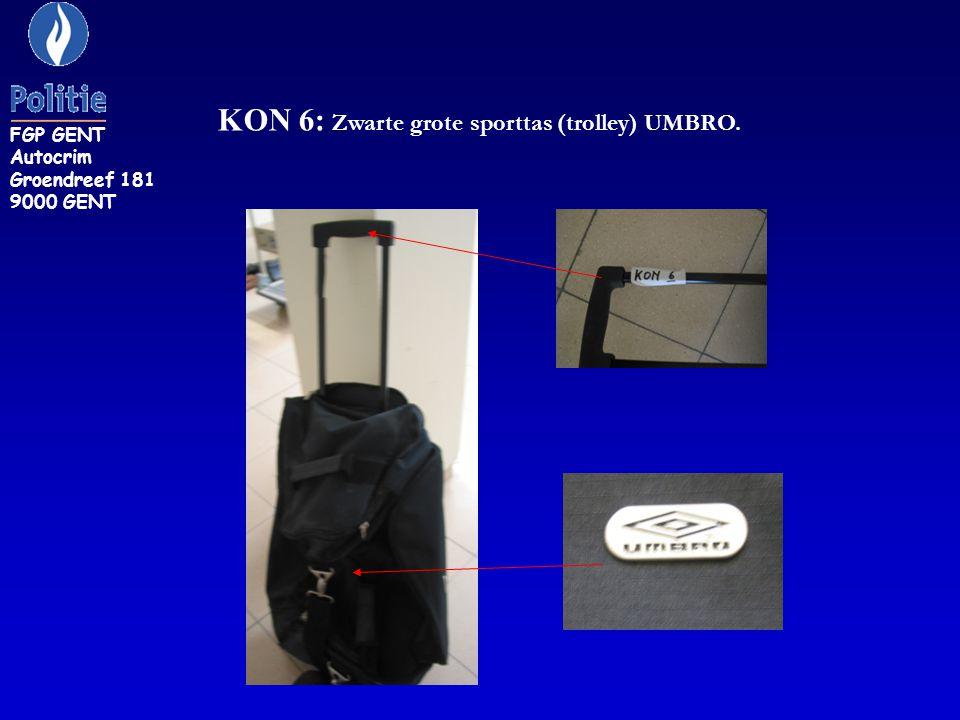 KON 6: Zwarte grote sporttas (trolley) UMBRO.
