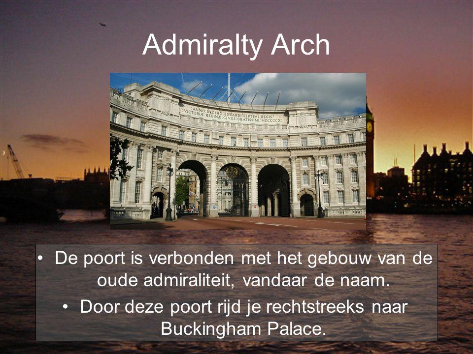 Door deze poort rijd je rechtstreeks naar Buckingham Palace.