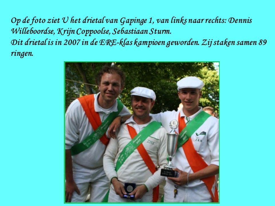 Op de foto ziet U het drietal van Gapinge 1, van links naar rechts: Dennis Willeboordse, Krijn Coppoolse, Sebastiaan Sturm.