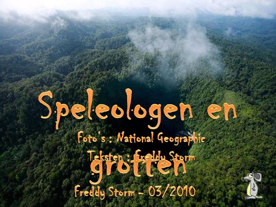 Speleologen en grotten Foto's : National Geographic