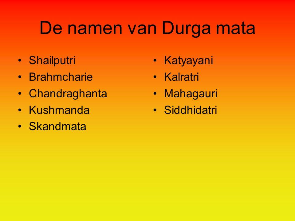 De namen van Durga mata Shailputri Brahmcharie Chandraghanta Kushmanda