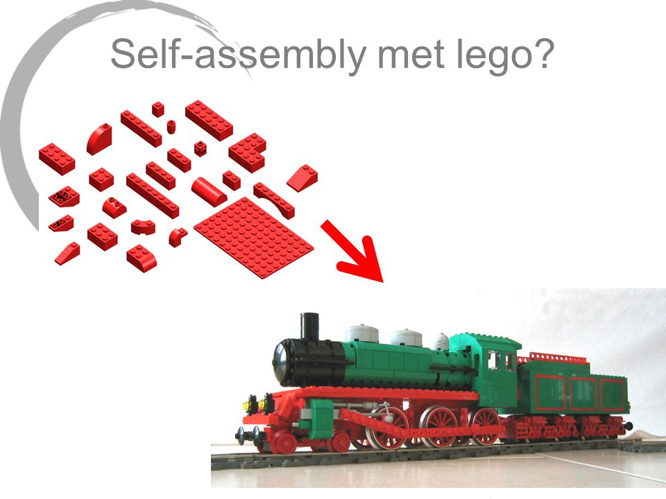 Self-assembly met lego