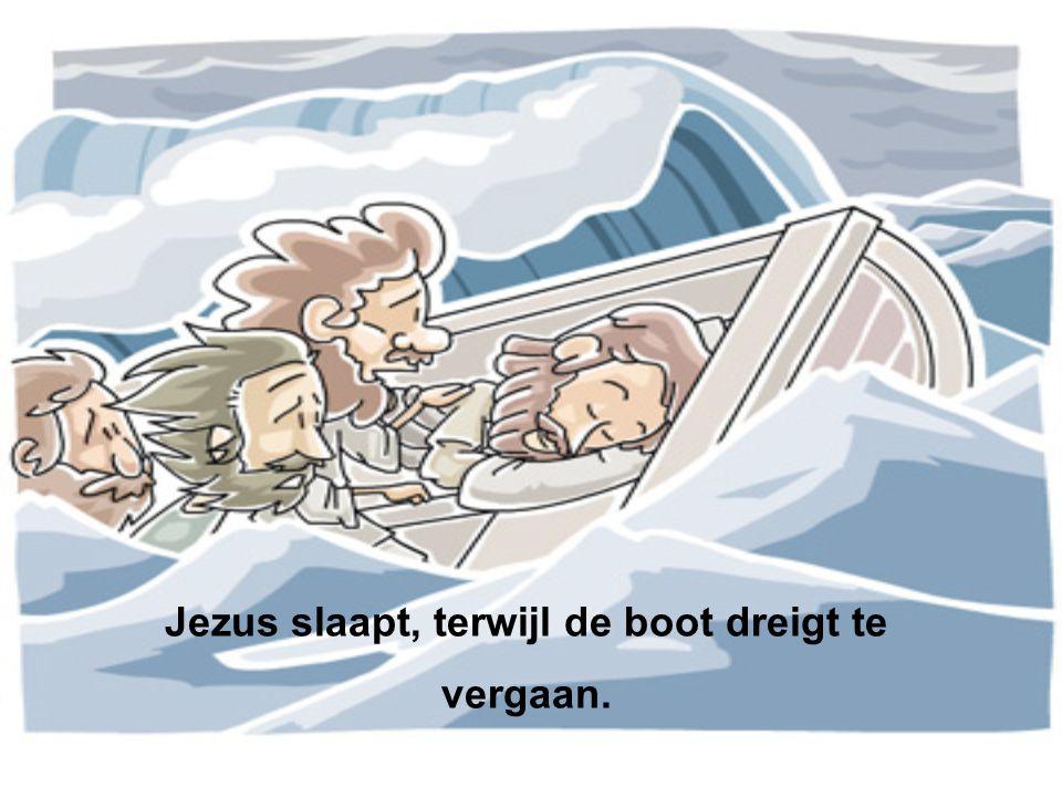 Jezus slaapt, terwijl de boot dreigt te vergaan.