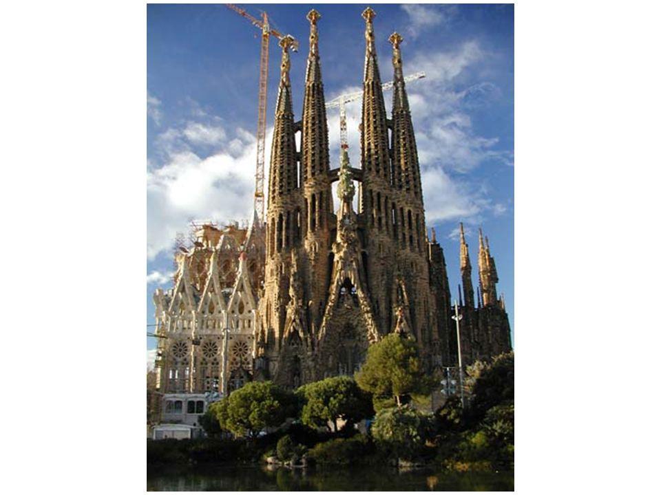 Sagrada Familia – Tegen alle ongeloof in oprijzend naar de hemel