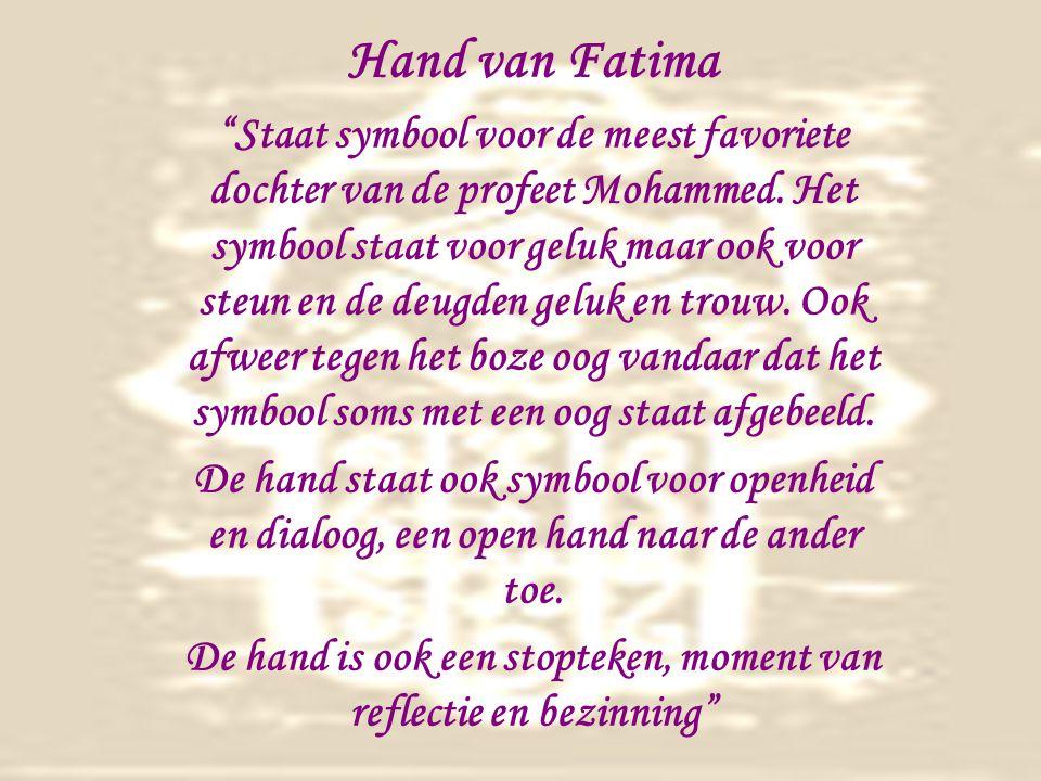 De hand is ook een stopteken, moment van reflectie en bezinning