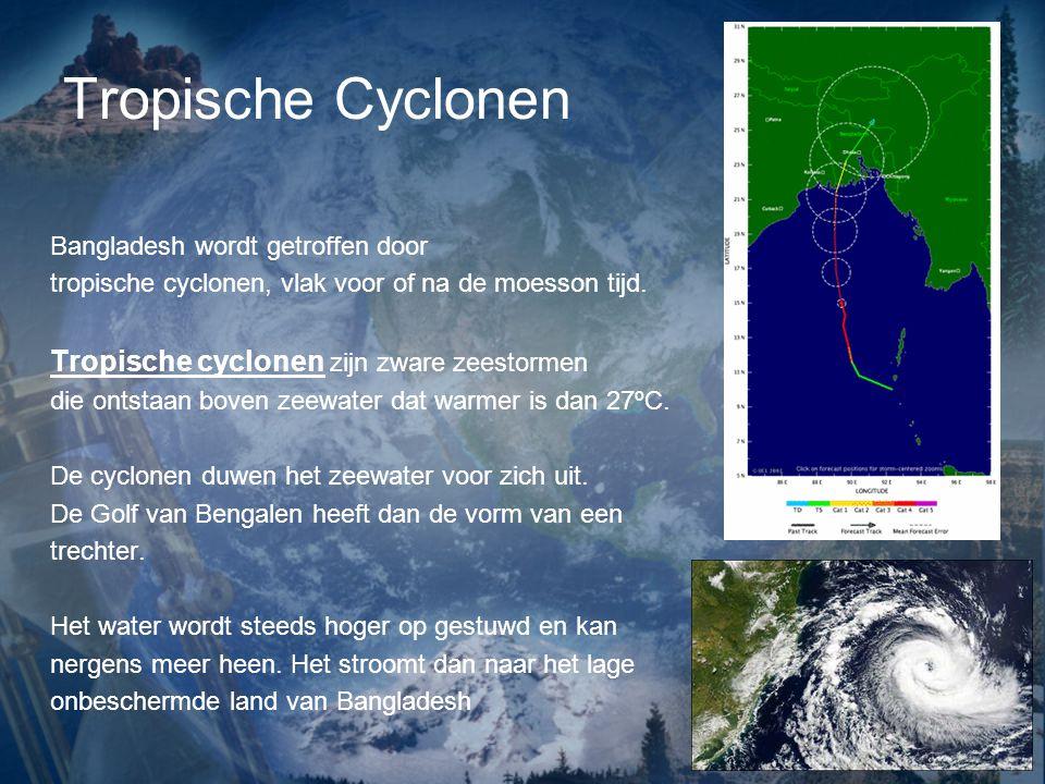 Tropische Cyclonen Bangladesh wordt getroffen door
