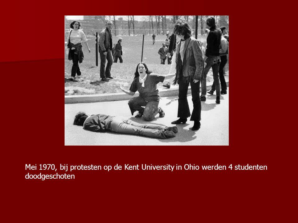 Mei 1970, bij protesten op de Kent University in Ohio werden 4 studenten doodgeschoten