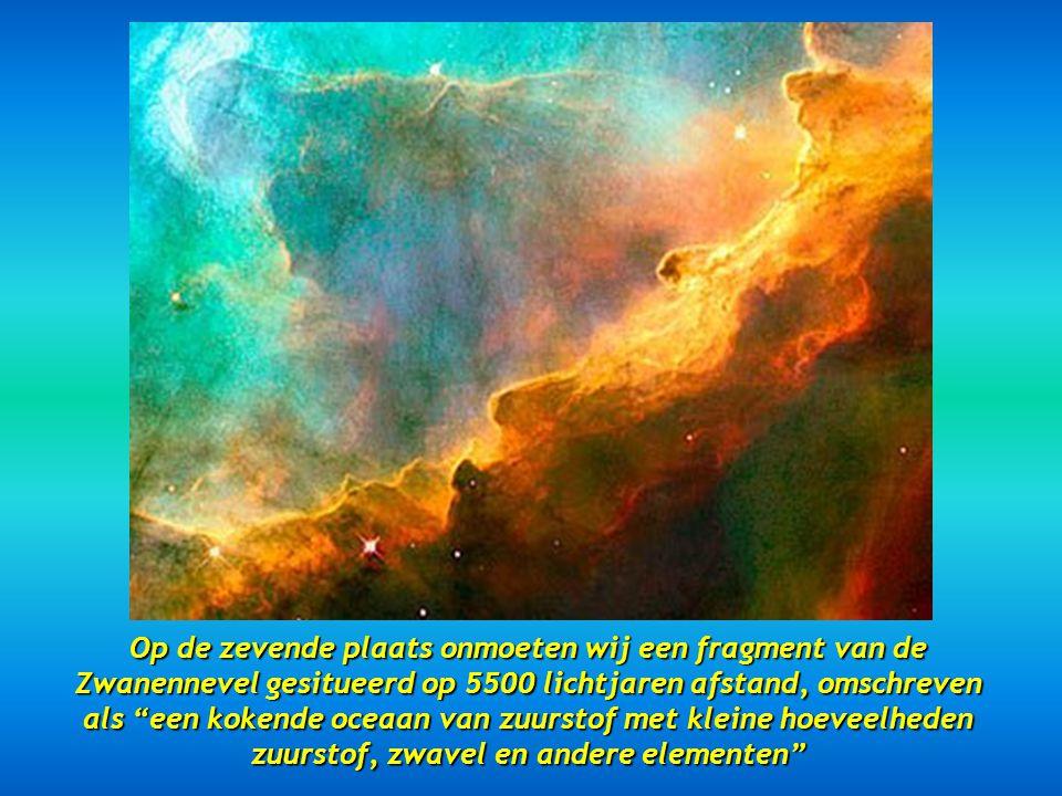 Op de zevende plaats onmoeten wij een fragment van de Zwanennevel gesitueerd op 5500 lichtjaren afstand, omschreven als een kokende oceaan van zuurstof met kleine hoeveelheden zuurstof, zwavel en andere elementen