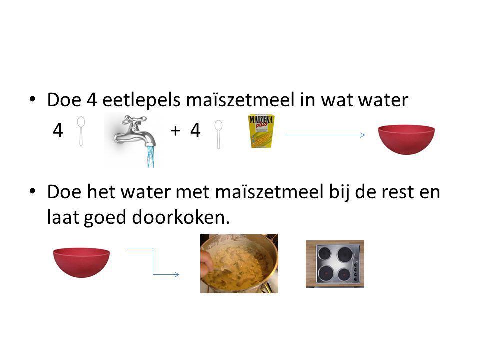 Doe 4 eetlepels maïszetmeel in wat water