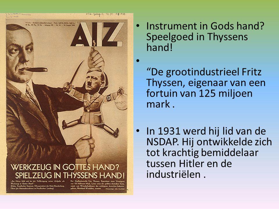 Instrument in Gods hand Speelgoed in Thyssens hand!
