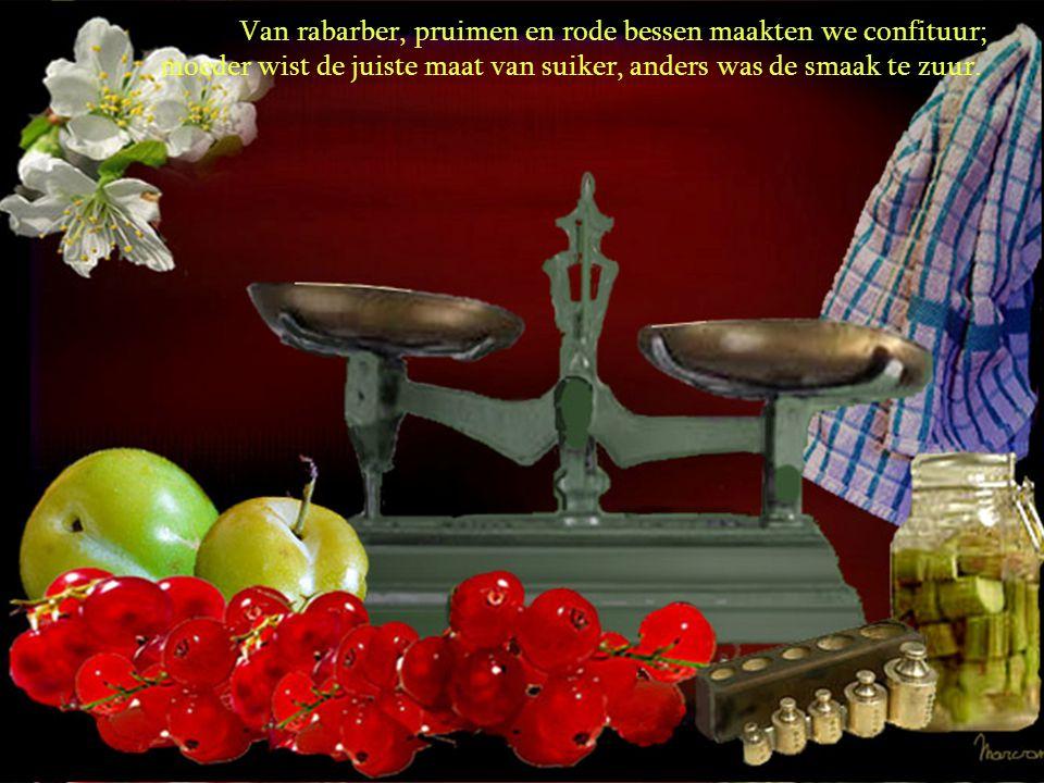 Van rabarber, pruimen en rode bessen maakten we confituur;