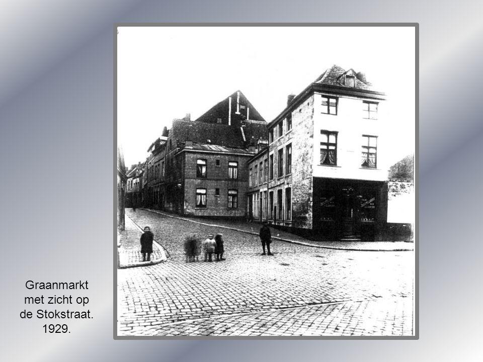 Graanmarkt met zicht op de Stokstraat. 1929.