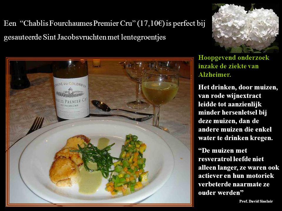 Een Chablis Fourchaumes Premier Cru (17,10€) is perfect bij gesauteerde Sint Jacobsvruchten met lentegroentjes