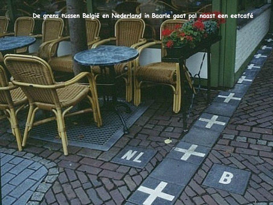 De grens tussen België en Nederland in Baarle gaat pal naast een eetcafé