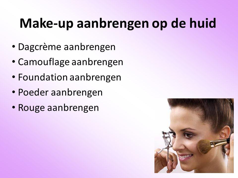 Make-up aanbrengen op de huid