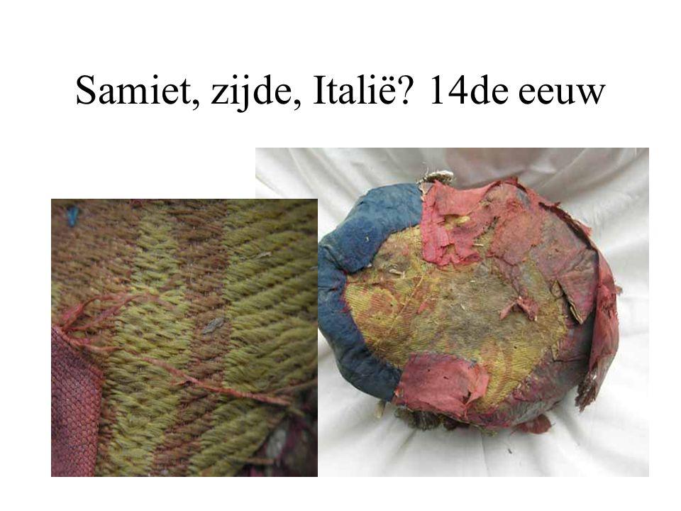 Samiet, zijde, Italië 14de eeuw