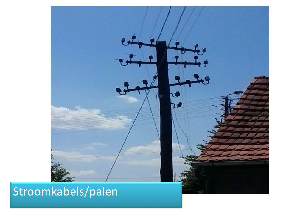 Stroomkabels/palen