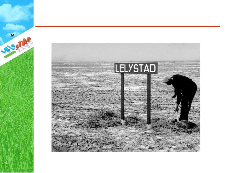 Lelystad verscheen op de tekentafels van de plannenmakers op een moment dat er in het IJsselmeer nog geen enkel stuk grond was drooggevallen.