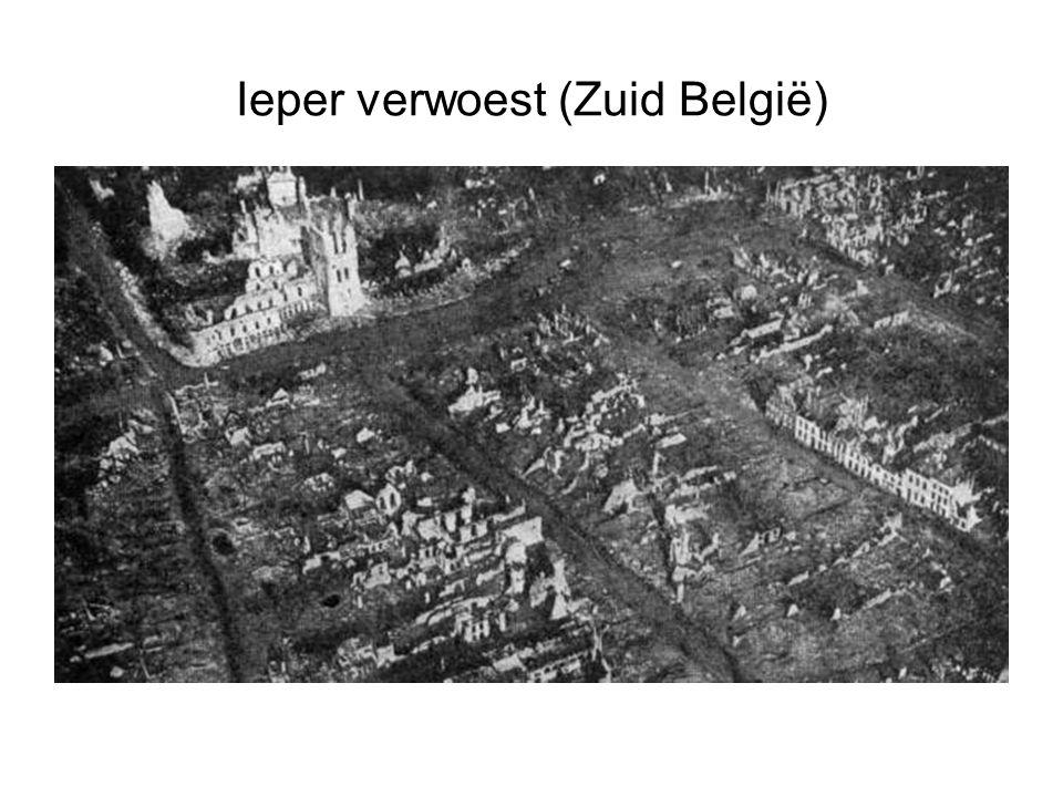 Ieper verwoest (Zuid België)