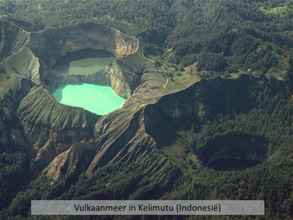 Vulkaanmeer in Kelimutu (Indonesië)