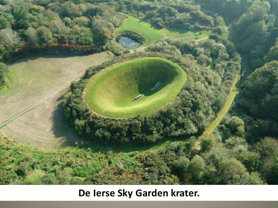 De Ierse Sky Garden krater.