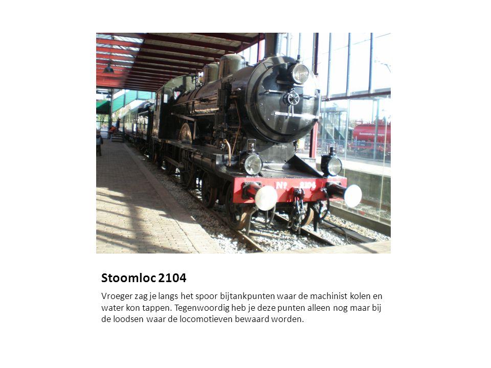 Stoomloc 2104