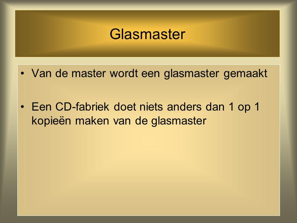 Glasmaster Van de master wordt een glasmaster gemaakt