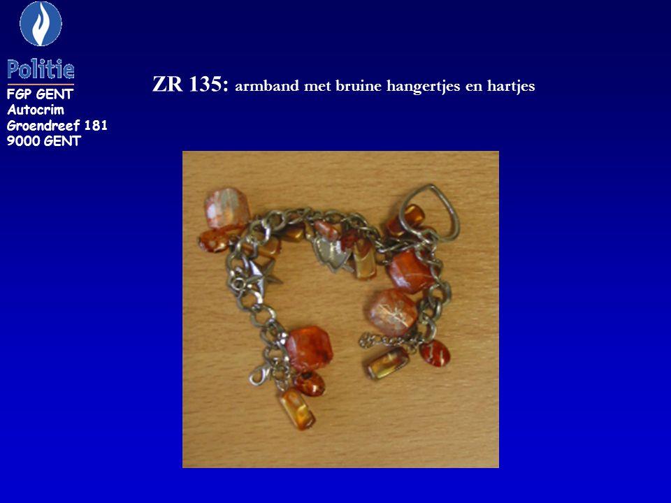 ZR 135: armband met bruine hangertjes en hartjes