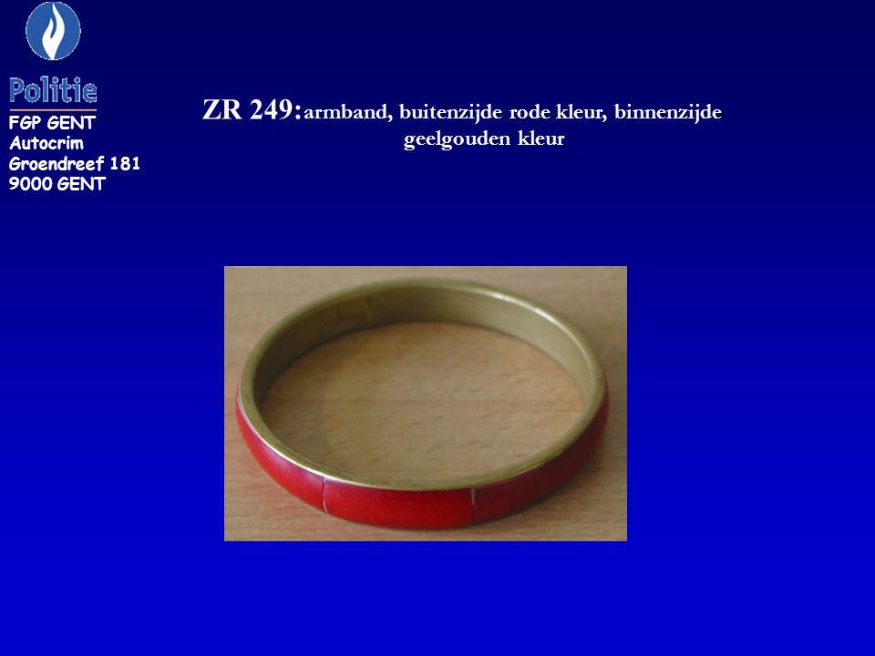 ZR 249:armband, buitenzijde rode kleur, binnenzijde geelgouden kleur