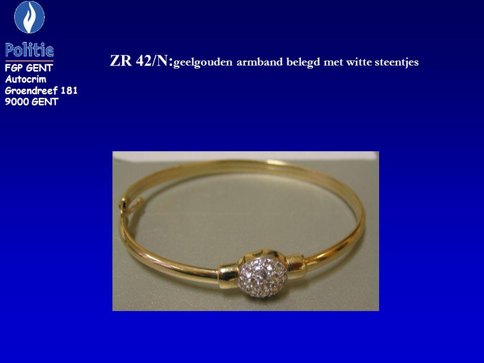 ZR 42/N:geelgouden armband belegd met witte steentjes