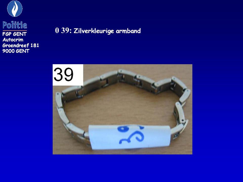 0 39: Zilverkleurige armband
