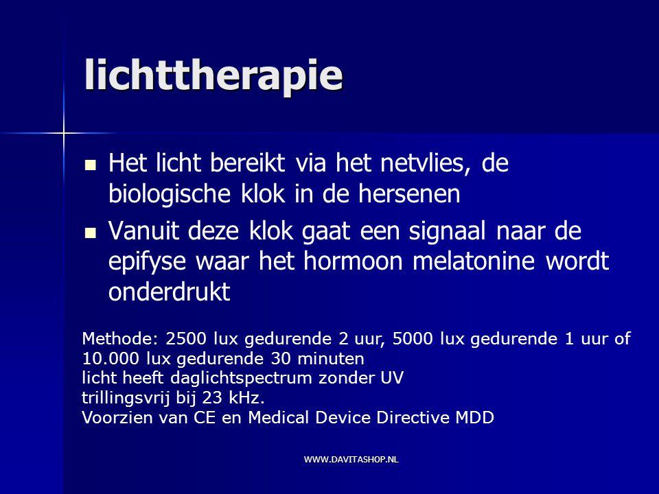 lichttherapie Het licht bereikt via het netvlies, de biologische klok in de hersenen.