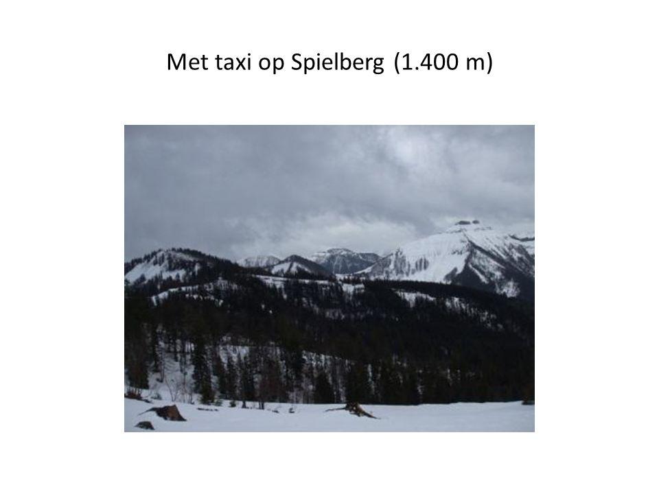 Met taxi op Spielberg (1.400 m)