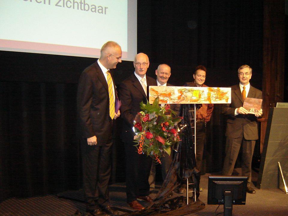 PRIJS Theo Vervoort, Ton Friesen, Geert Theeuwen, Jos Falvay en Hein Gonlag.