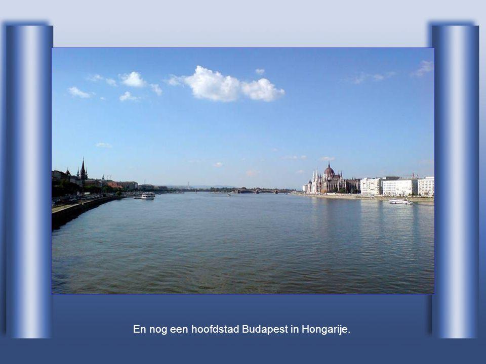 En nog een hoofdstad Budapest in Hongarije.