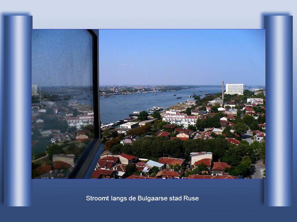 Stroomt langs de Bulgaarse stad Ruse