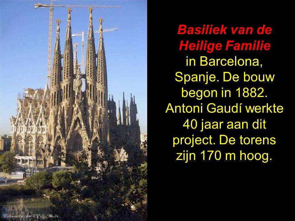 Basiliek van de Heilige Familie in Barcelona, Spanje