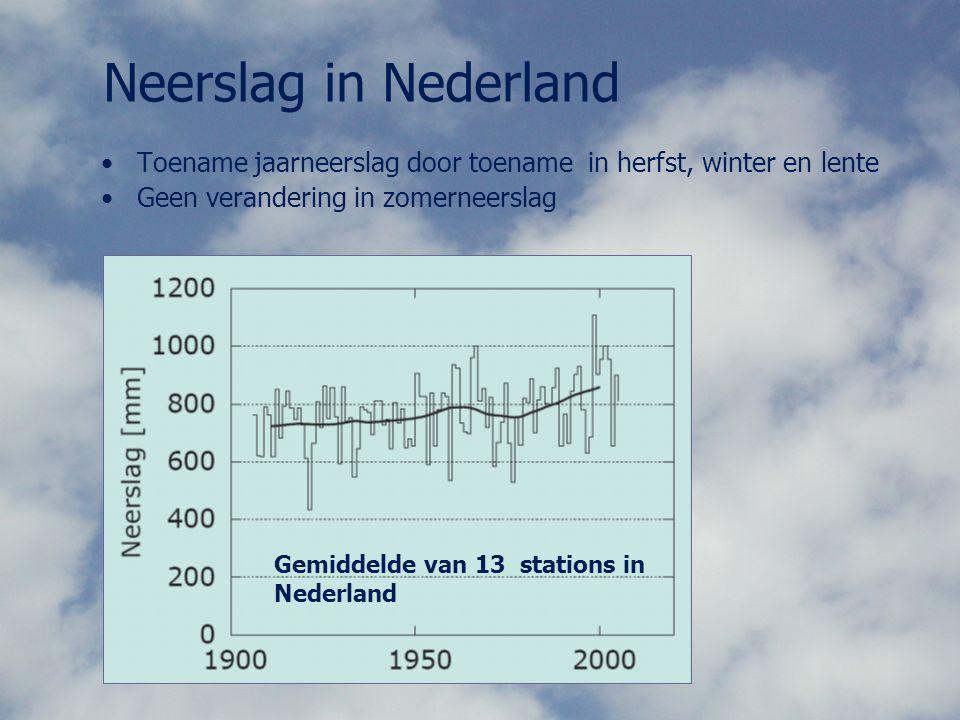 Neerslag in Nederland Toename jaarneerslag door toename in herfst, winter en lente. Geen verandering in zomerneerslag.