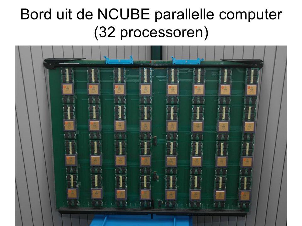 Bord uit de NCUBE parallelle computer (32 processoren)