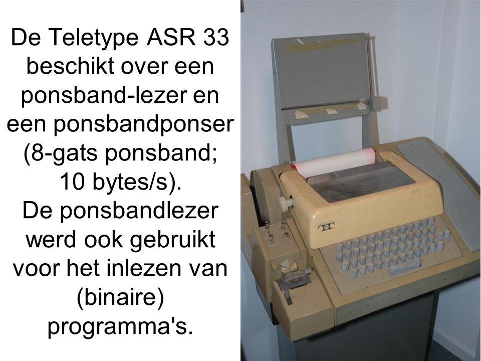 De Teletype ASR 33 beschikt over een ponsband-lezer en een ponsbandponser (8-gats ponsband; 10 bytes/s).